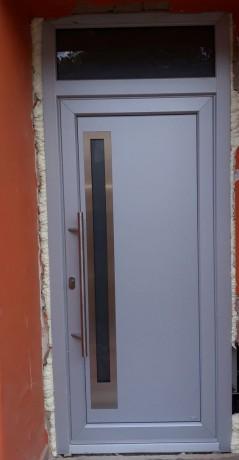Vchodové dveře brno